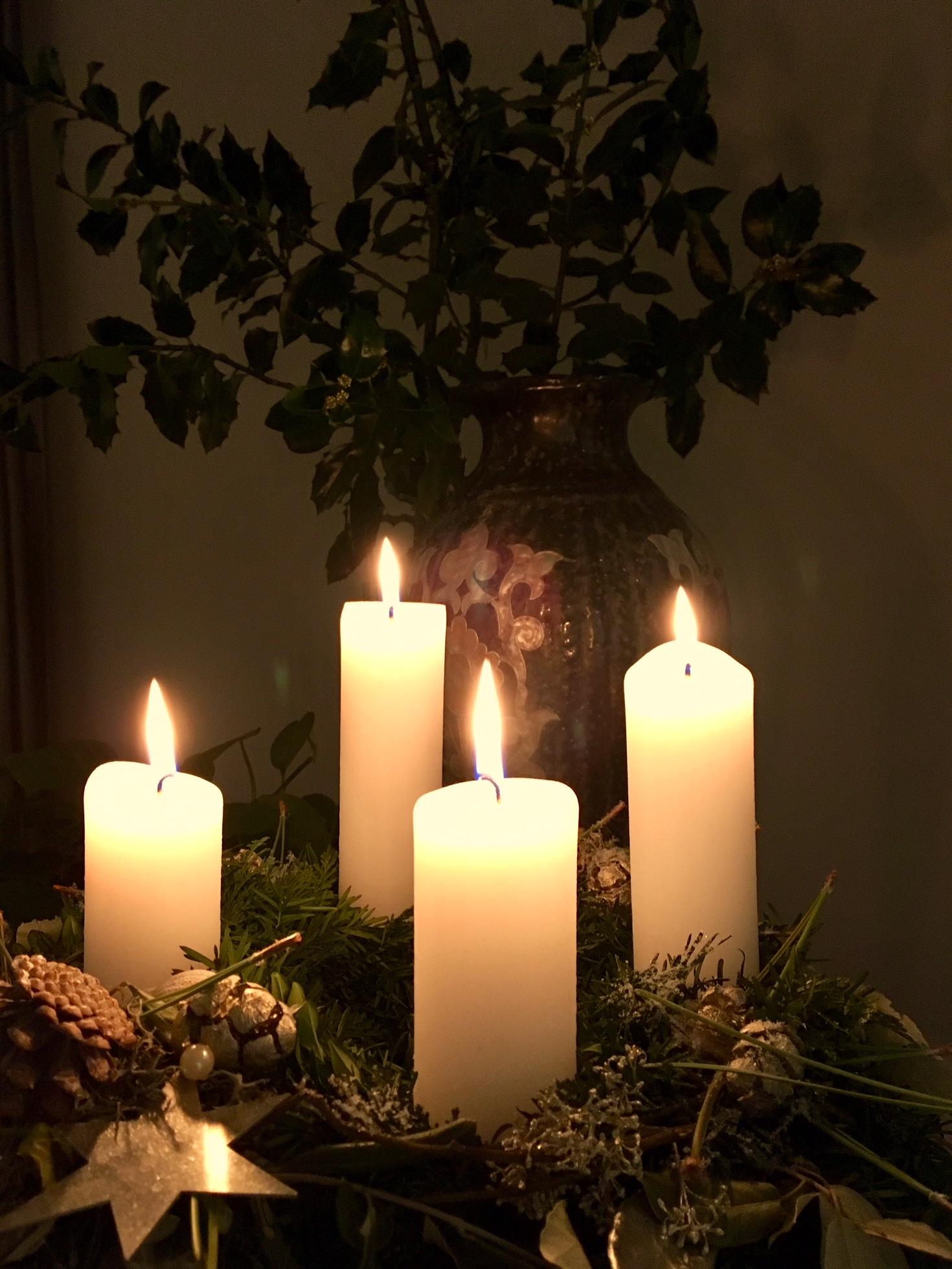 Advent_Bild_Kranz-leuchtend