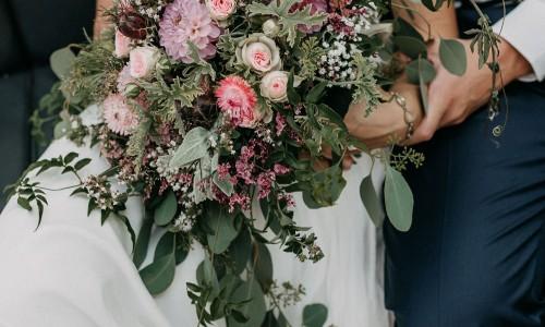 Flowers mit Kraft und Liebe